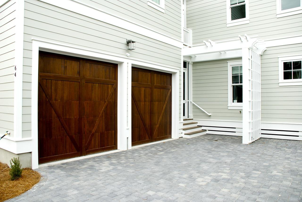 Jakie bramy garażowe mamy do wyboru?
