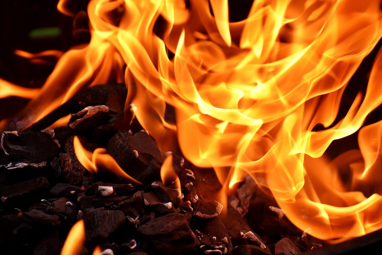 Węgiel kamienny: popularny materiał opałowy