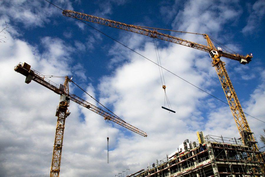Na co zwrócić uwagę przy zakupie części zamiennych do maszyn budowlanych?